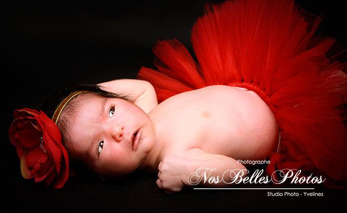 Tarif photo nouveau-né Les Mureaux Yvelines, photo de nouveau-né pas cher, tarif séance photo bébé Les Mureaux Yvelines, photo de bébé pas cher.
